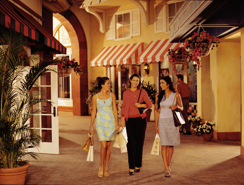 resort-shopping