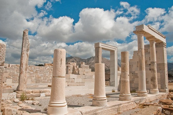 Top 5 Ancient Sites on the Cyclades3
